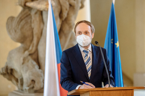 Rusko reagovalo absolútne neadekvátne. Vyhostilo dvadsať našich diplomatov, ktorí neurobili nič zlé, iba si vykonávali svoju prácu, vyhlásil vo štvrtok minister Jakub Kulhánek.