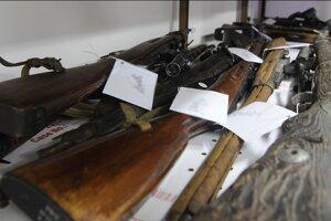 V Nitrianskom kraji odovzdali ľudia v rámci zbraňovej amnestie celkom 170 nelegálne držaných strelných zbraní a 1585 kusov streliva.