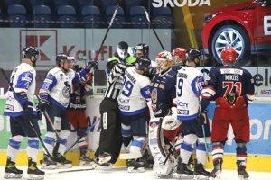 Šarvátka počas piateho finále po likvidačnom zákroku Mashintera na Nuutinena.