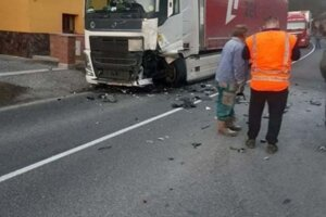 Dopravná nehoda v Dlhej nad Oravou.