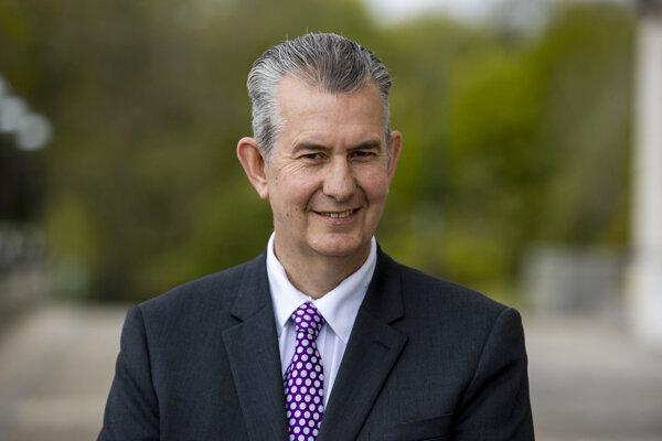 Nový líder strany Edwin Poots