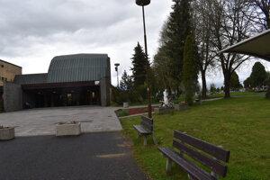 Cintorín v Poprade-Veľkej čaká rozšírenie.