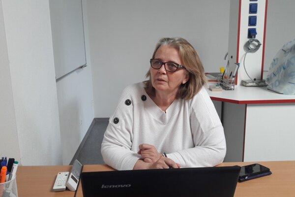 Mikrobiologička Elena Nováková, vedúca Ústavu mikrobiológie aimunológie Jesseniovej lekárskej fakulty Univerzity Komenského,
