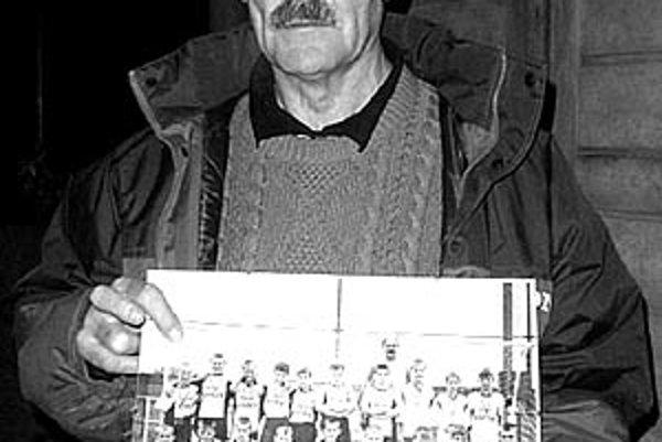 Jozef Ivan, bývalý mládežnícky futbalový tréner, zomrel vo veku 62 rokov.