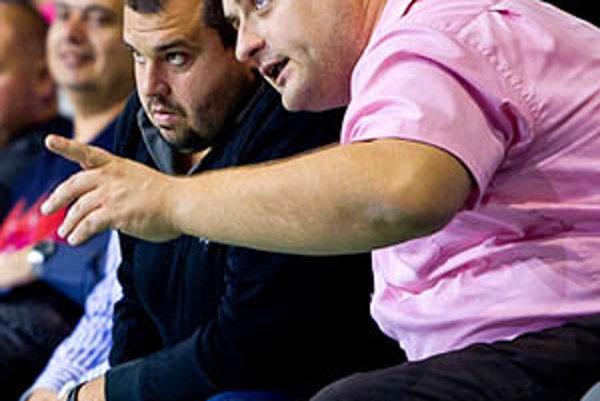 Spolumajiteľ klubu Marián Kočner (vľavo) zatiaľ neprezradil mená pre novú sezónu. Vpravo člen výboru Miroslav Gál.