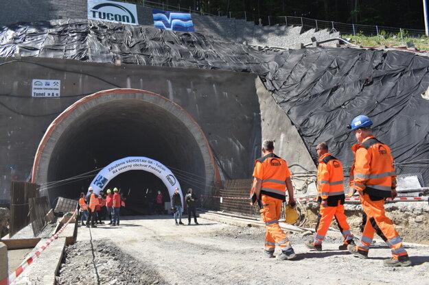 Tunel Bikoš prerazili do roka.