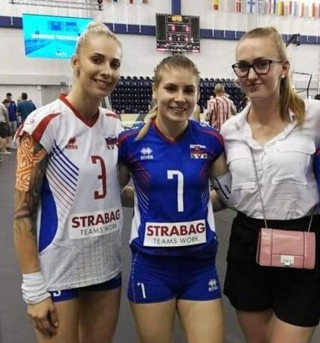 Romana Hudecová oblieka spolu s Michaelou Špankovou aj dres slovenskej reprezentácie.