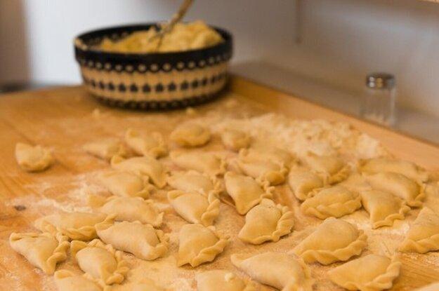 Pirohy so špenátom a kešu ricottou. Po kliknutí na fotku sa dostanete k receptu.