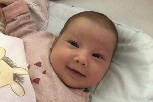 Anna Antal (4000 g a 52 cm) sa narodila 13. apríla rodičom Monike a Petrovi Antalovcom z Levíc.