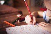 Trénovať deti na prechod zo škôlky do školy môžete aj doma.