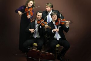 Interpretácie diel obľúbených skladateľov slovenského publika sa zhostí sláčikové kvarteto Mucha Quartet, ktoré patrí knajvýznamnejším komorným telesám na Slovensku.