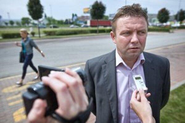 Vladislav Borík hovorí, že so županom Belicom chceli ušetriť.