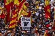 Nemôžete rozdeliť Španielsko, odkázali v nedeľu demonštranti v Madride.