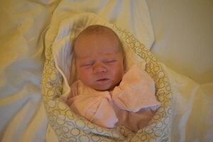 Sara Kallo (3430 g, 49 cm) sa narodila 6. júna Márii a Kamilovi z Dolnej Súče.