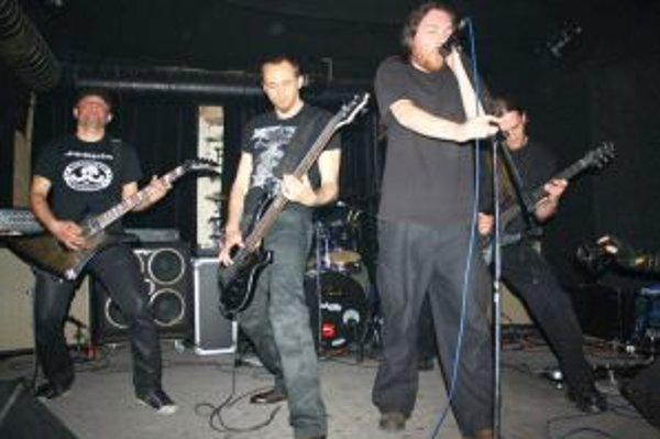 Ťahákom Metal festu bola kapela Depresy.