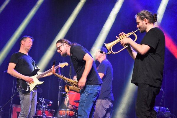 7. jazzové lístie prinieslo do Lučenca späť radosť zo živej hudby.