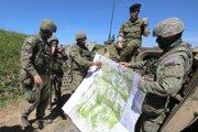 Ukážka cvičiacich jednotiek počas výcviku na Lešti v okrese Zvolen.