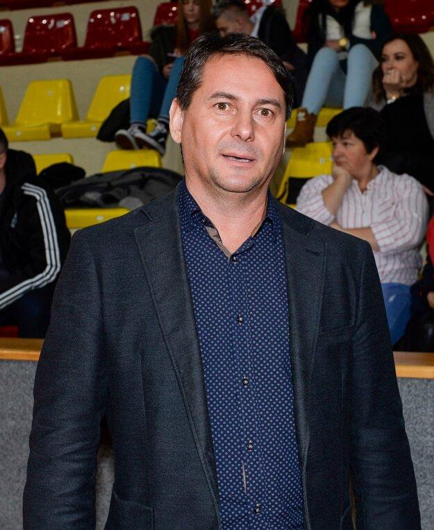 Dušan Strieborný je nielen primátorom Dudiniec, ale aj členom výboru TJ Slovan Dudince