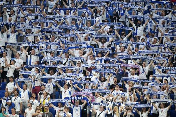 Fínski fanúšikovia.