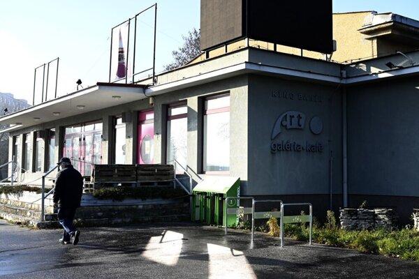 Po novom by centralizovaná mestská knižnica mala sídliť v Kine Baník.