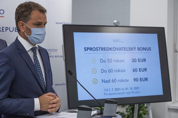 Igor Matovič ohlásil finančné odškodňovanie pre zaočkovaných.