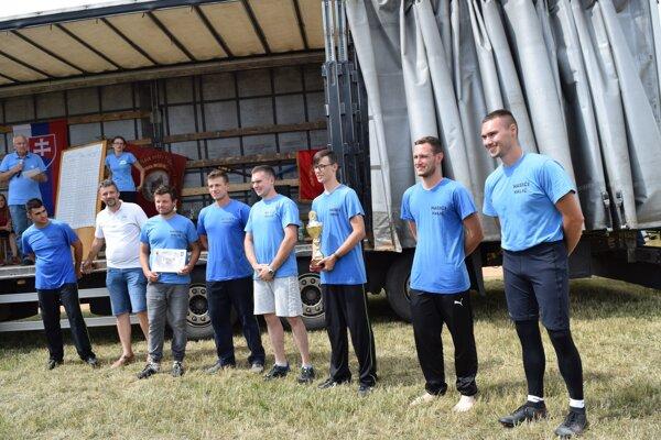 Haličskí hasiči zaznamenali na domácej súťaži historický výkon.