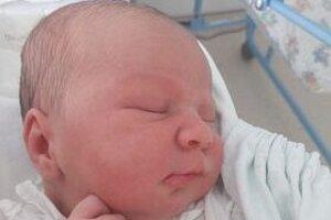 Ninka Obertová (4000 g a 53 cm) sa narodila 23. júna ako prvorodená dcéra rodičov Martine Guťanovej a Marcelovi Obertovi z Kalinčiakova.