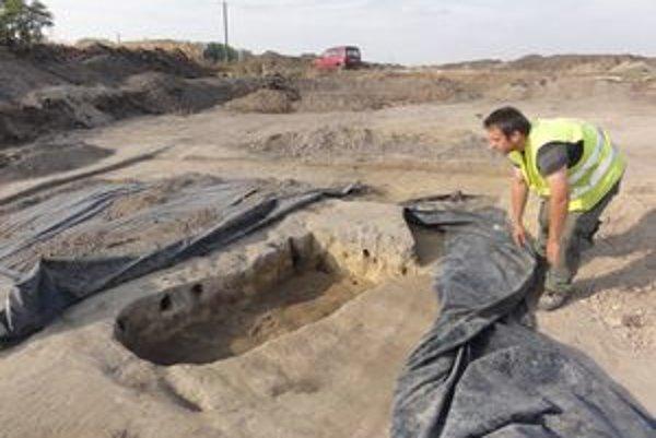 Jedným z objektov, ktorý archeológovia odkryli v osade je, pravdepodobne pec.