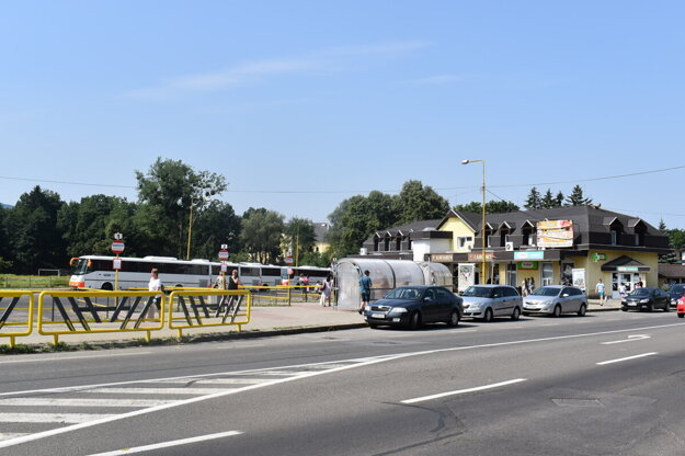 Autobusovú stanicu vybuduje mesto na už existujúcich autobusových stanovištiach.