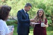 Publikácia o hrnčierstve v Novohrade sa krstila hlinou z Gašparky - lokality medzi Haličou a Starou Haličou.