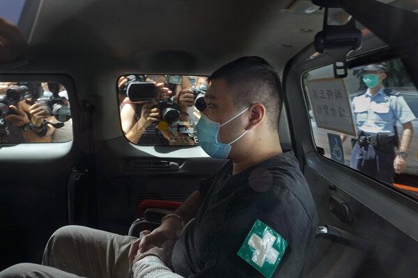 Tchang Sing-ťie pri príchode na súd
