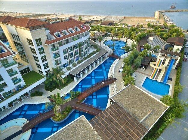 Sunis Evren Beach Resort & Spa5*