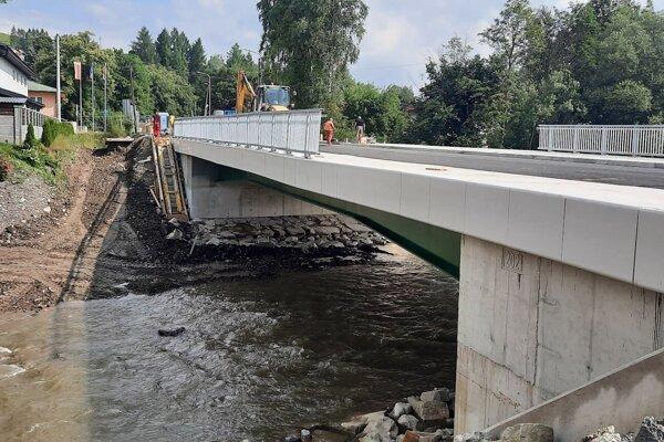 Oprava mosta je už vo finále.