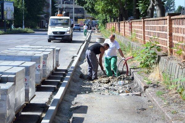 Popri železničnej stanici vMartine sa vybuduje aj chodník.