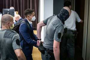 Bývalý štátny tajomník ministerstva financií Radko Kuruc, ktorý je obvinený v rámci nedávnej policajnej akcie Mýtnik III, bude stíhaný väzobne.