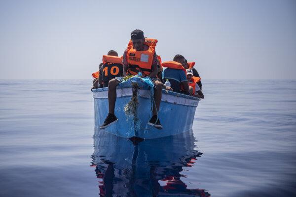 Utečenci na ceste Stredozemným morom.