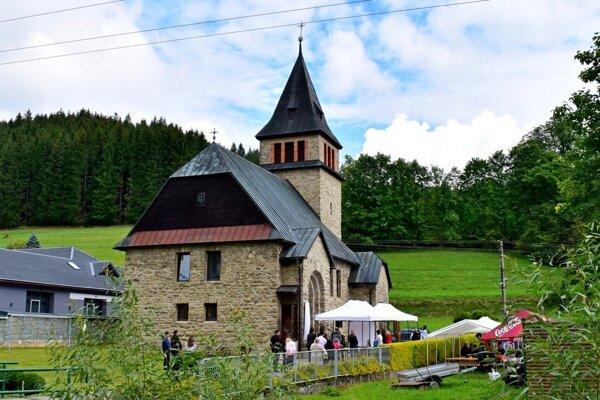 Kostol Božského srdca Ježišovho vo Vyšnom Kelčove