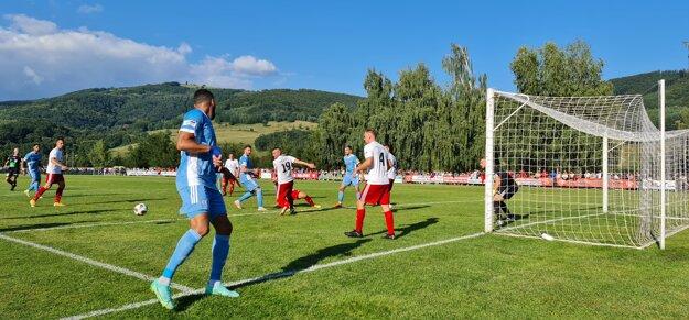 Zo zápasu Slovnaft Cupu medzi Málincom a Slovanom Bratislava