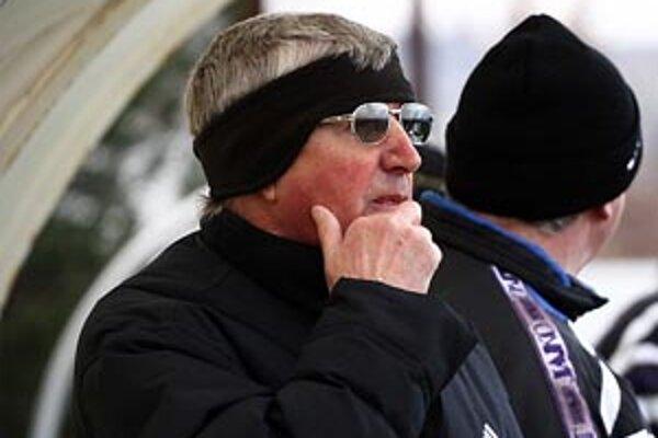 Tréner Šale Anton Dragúň si uvedomuje zložitú situáciu mužstva pred jarnou časťou súťaže.