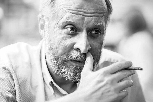 Psychiater Peter Pöthe príde do Banskej Bystrice.