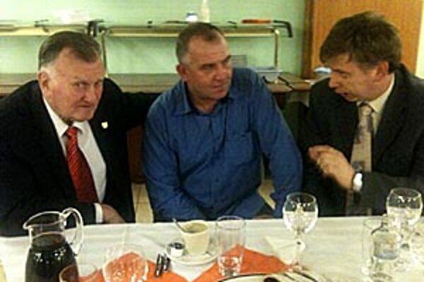 Na tému reorganizácie sa bavili aj Pavol Hlavatý z Levíc, Pavol Šípoš z Topoľčian a Tibor Révay z Nitry.