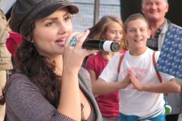 Kristína je nielen speváčka, zahrala si aj filmové postavy.