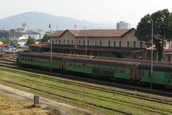Železničná stanica v Nitre. Nočný spoj do Leopoldova už odtiaľto od 12. decembra nejazdí.