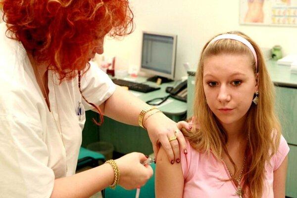 Rakovine možno predísť aj očkovaním.