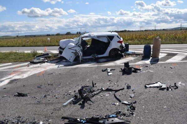 Nehoda pri Tornali si vyžiadala zásah aj leteckých záchranárov.