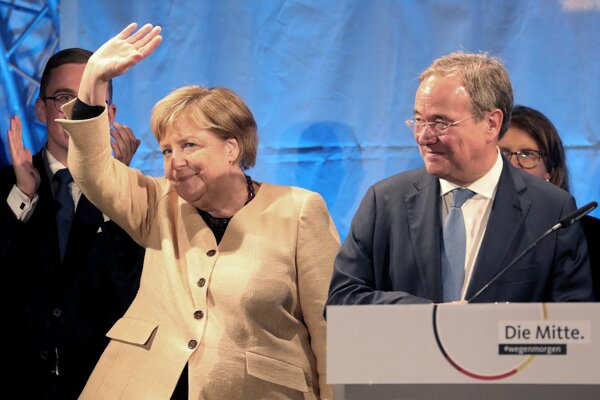 Merkelová podorila Lascheta.