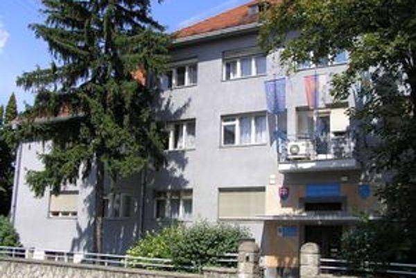 Viesť radnicu v Zlatých Moravciach chce šesť kandidátov.