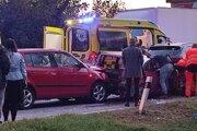 Reťazová nehoda v Šaci mala viacerých zranených.