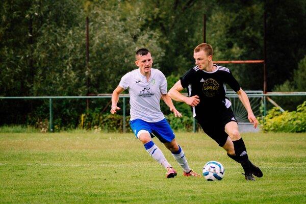 Jediný gól Rosiny proti Žabokrekom strelil kanonier Tomáš Šemik (vpravo).
