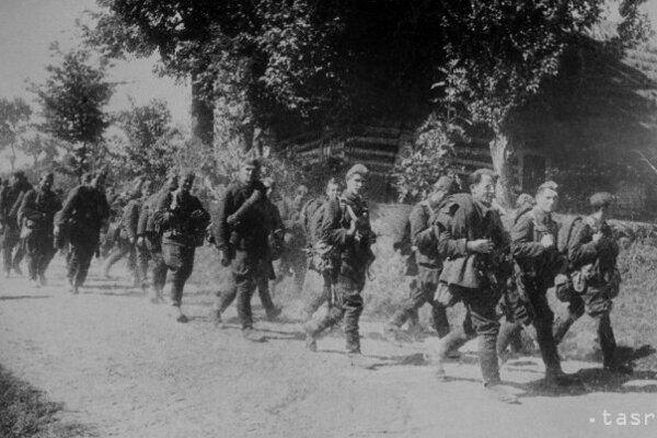 Presun pechoty 1. ukrajinského frontu.